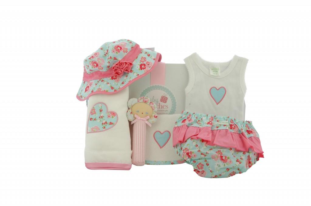 {focus_keyword} Gorgeous baby hamper for girls! 4 little ducks girl3