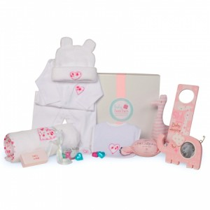 {focus_keyword} Baby Hampers Galore rosebud winter deluxe1